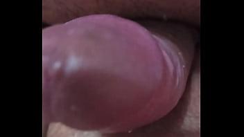 Бойфренд отодрал китаянку в позе раком в шмоньку на бордовой простыне